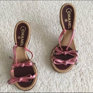 Chanel Pink Bow Heels Size 7.5